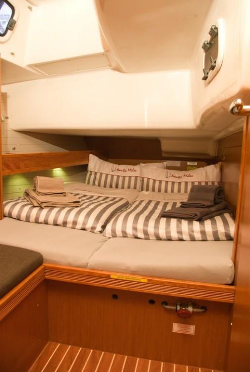 Rental Sailboat in Canary Islands - Bavaria Bavaria 51 Cruiser