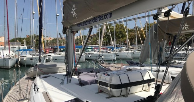 Rental yacht Palma de Mallorca - Jeanneau Sun Odyssey 519 on SamBoat