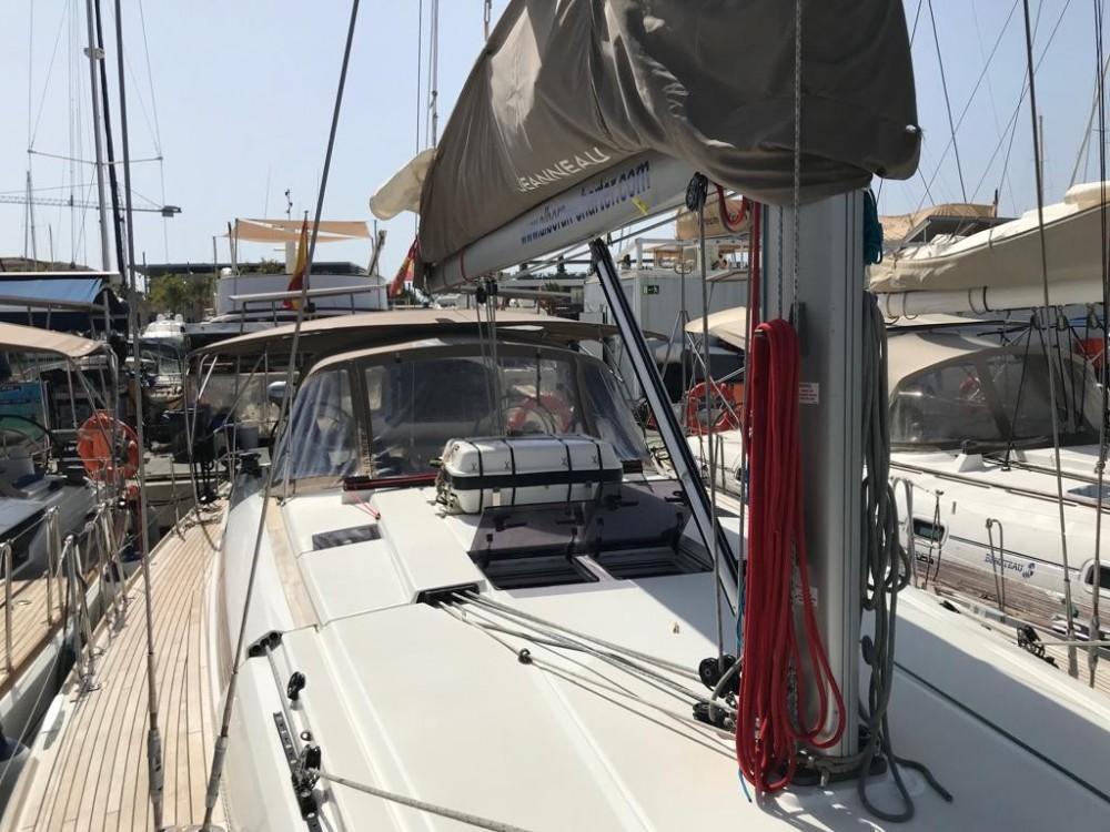 Boat rental Palma cheap Sun Odyssey 519
