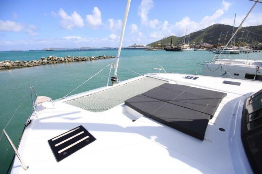 Rental yacht Road Town - Fountaine Pajot Saona 47 on SamBoat