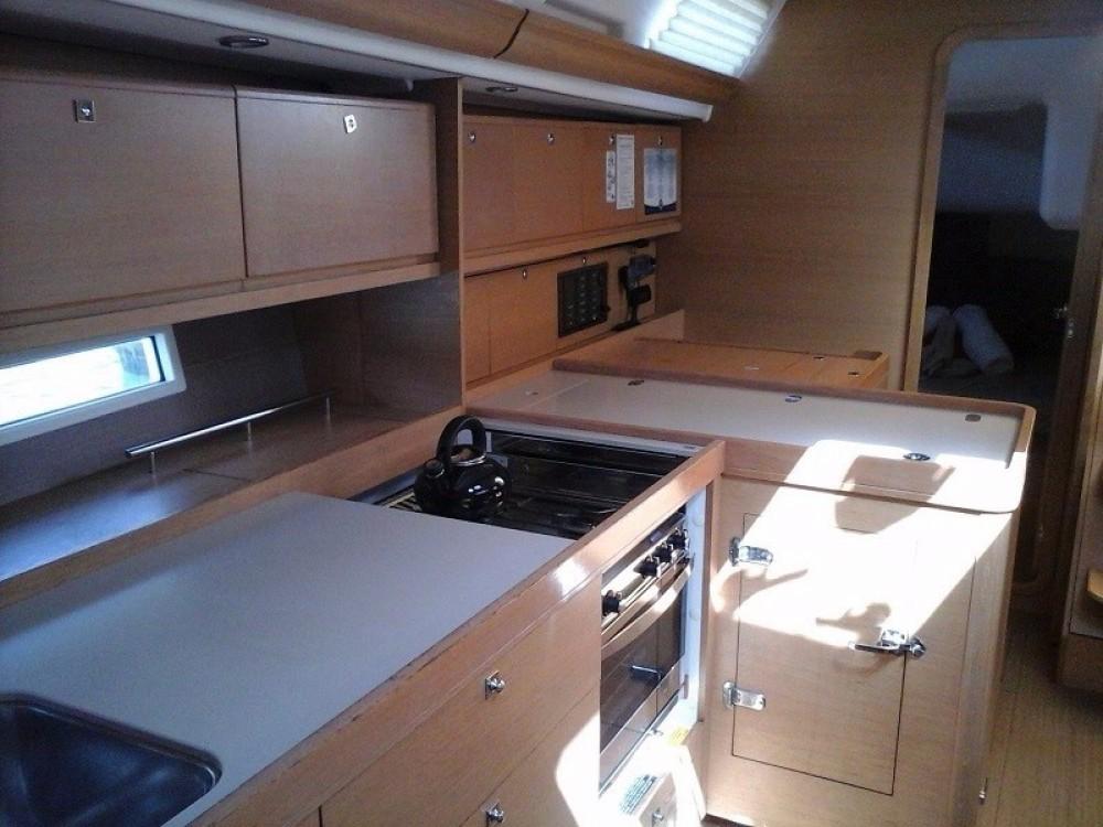 Rental Sailboat in Road Town - Dufour Dufour 450 Grand Large