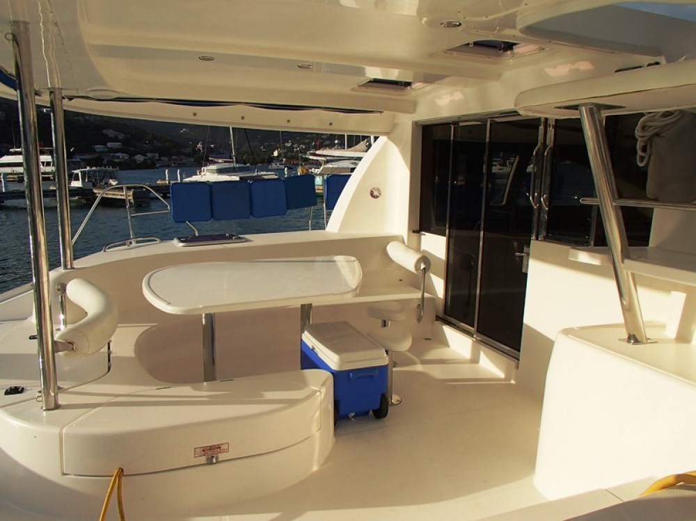 Hire Catamaran with or without skipper Robertson-Caine Tortola
