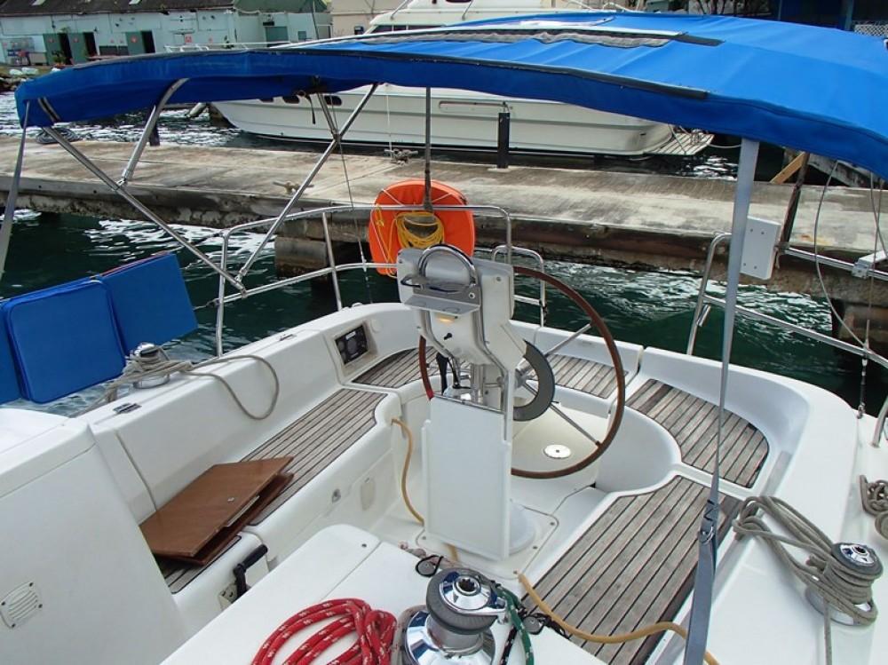 Boat rental Tortola cheap Beneteau 32
