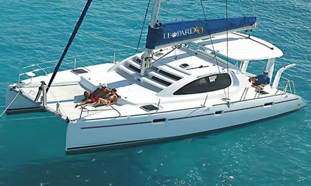 Rental Catamaran in Athens - Leopard Leopard 40