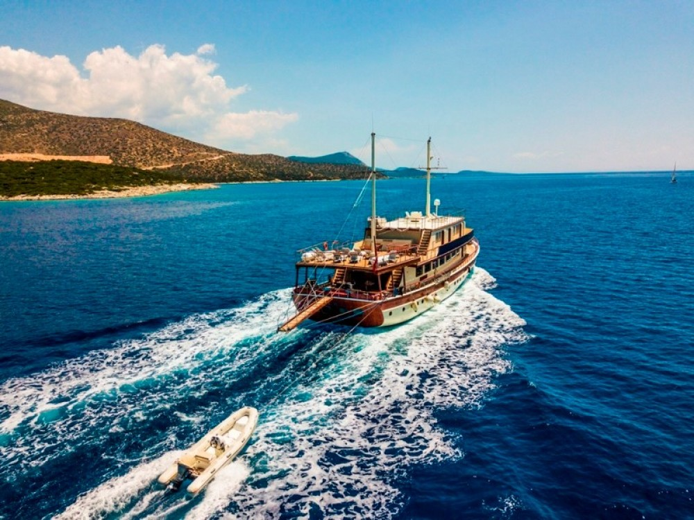 Boat rental custom built YACHT Gulet in Muğla on Samboat