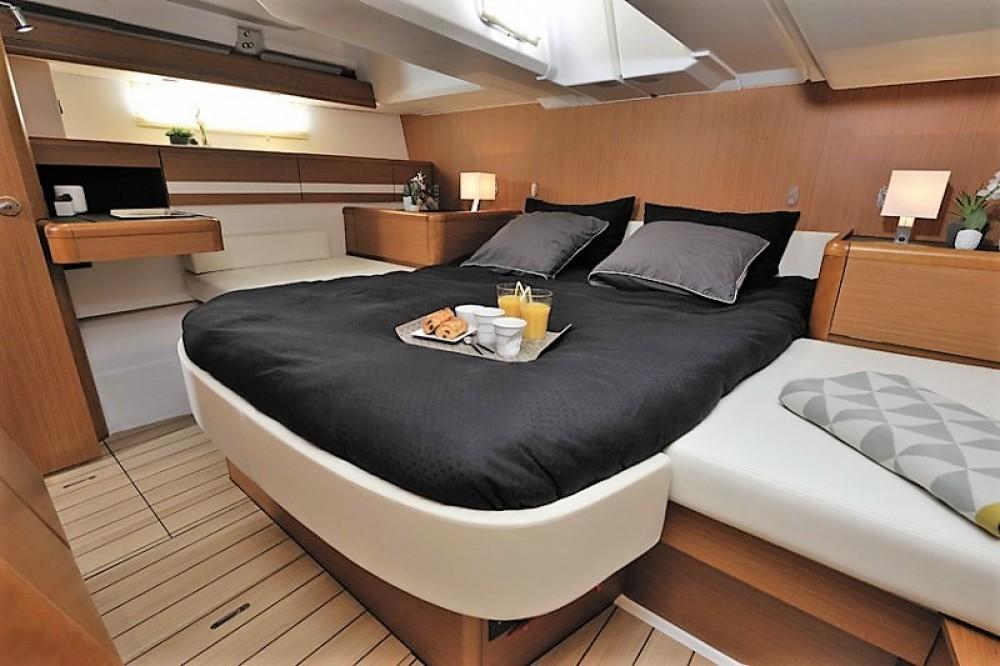 Boat rental Jeanneau Jeanneau 53 in Aegean Region on Samboat