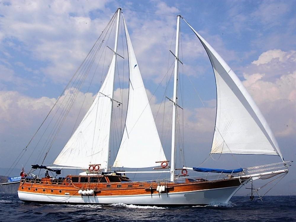 Rental Sailboat in Aegean - Custom Built Gulet