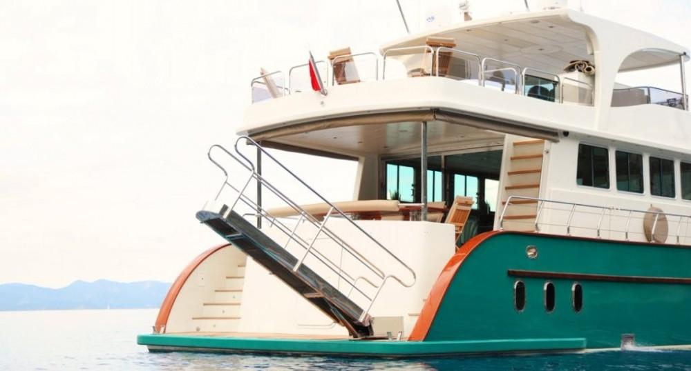 Rental Yacht in Muğla - Custom Built Motor Yacht