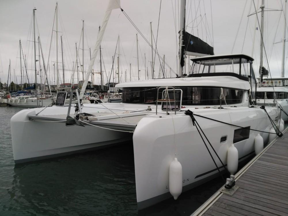 Boat rental Martinique cheap Lagoon 42