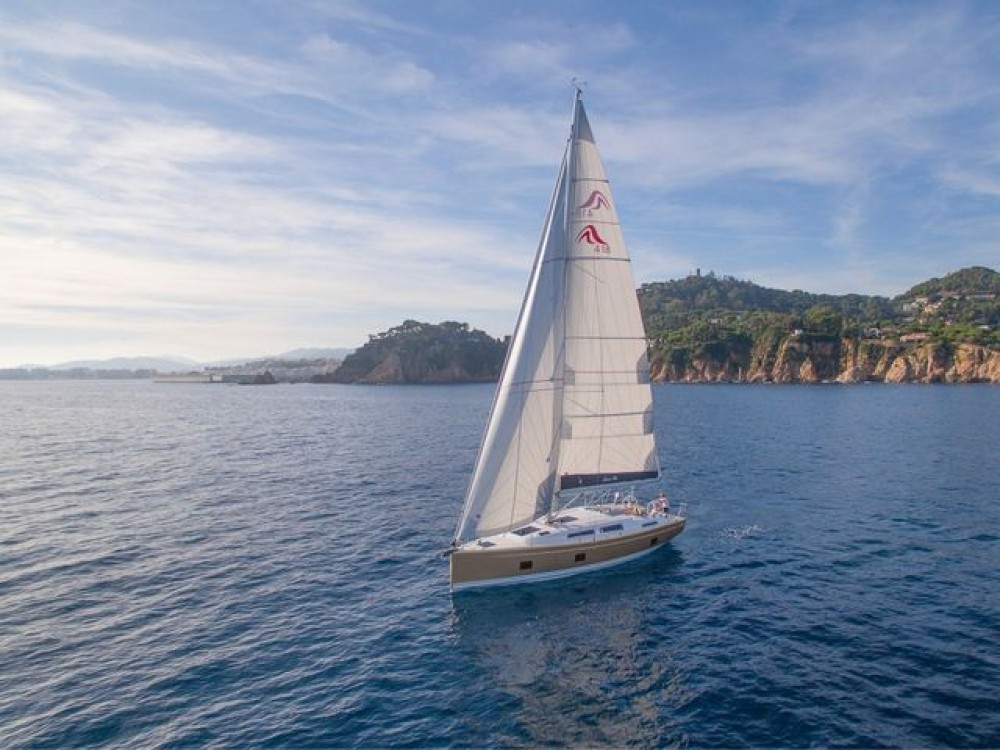 Rental Sailboat in Volos -  Hanse 418