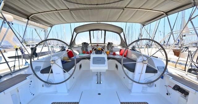 Boat rental Bavaria Cruiser 46 in Athens on Samboat