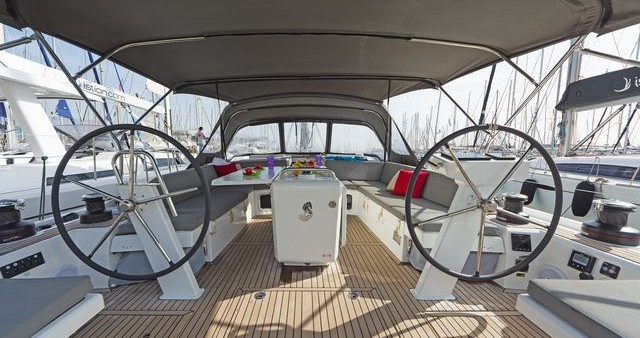 Boat rental  Oceanis 51.1 in Λαύριο on Samboat