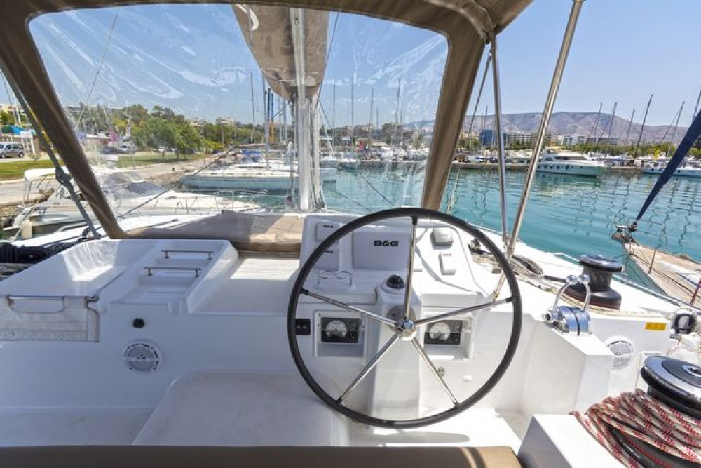 Boat rental  Lagoon 450 in Corfu on Samboat