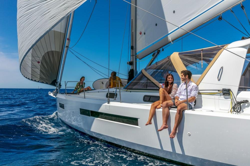 Rental Sailboat SUN LOFT with a permit