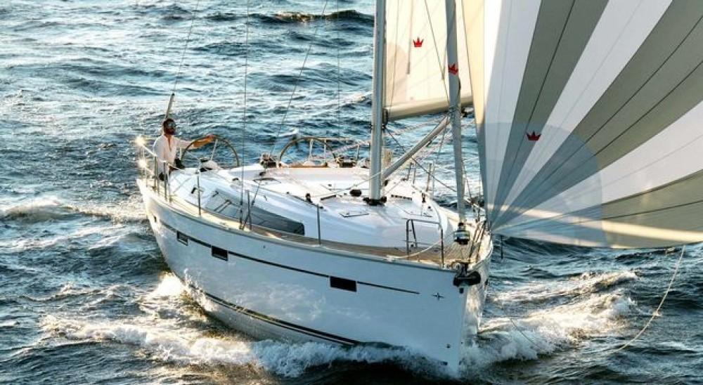 Boat rental Bavaria Bavaria Cruiser 41 in Aegean on Samboat