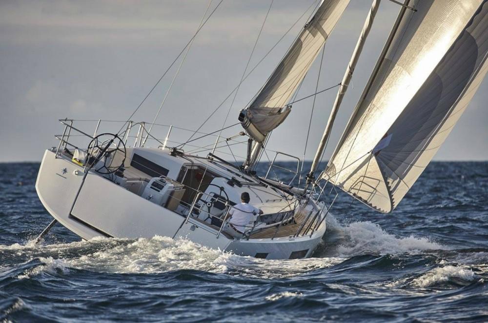 Rental yacht Peloponnese, Western Greece and the Ionian - Jeanneau Sun Odyssey 440 on SamBoat