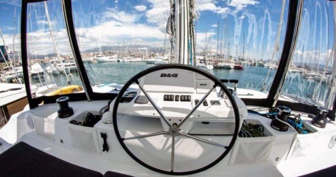 Rental Catamaran in Lefkas Egremni - Lagoon Lagoon 50