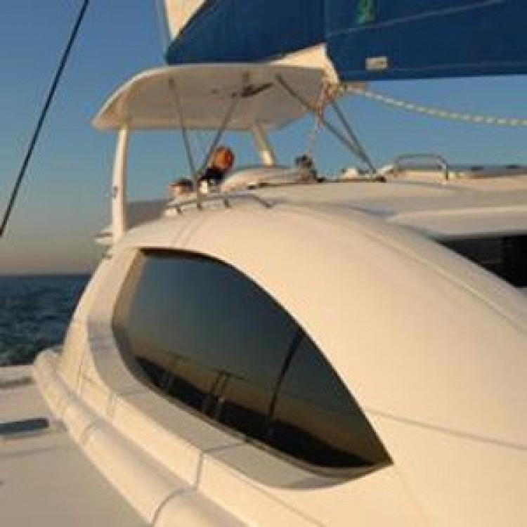 Rental Catamaran in  - Robertson-Caine Leopard 46