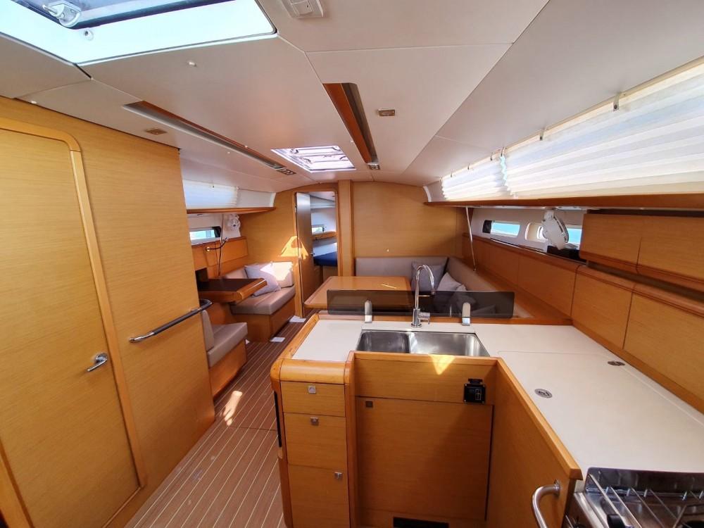 Rental Sailboat in  - Jeanneau Sun Odyssey 409