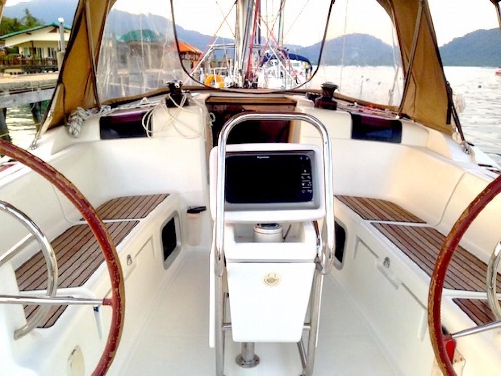 Rent a Jeanneau Sun Odyssey 409