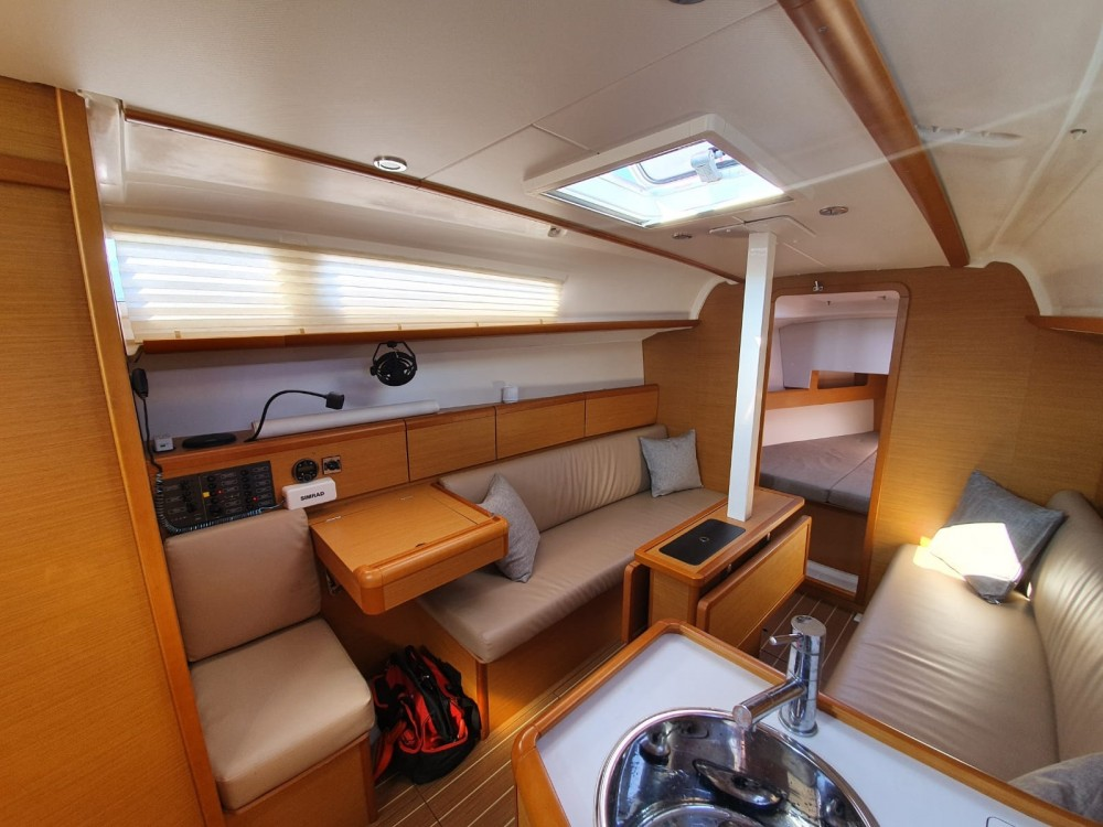 Sailboat for rent Trat Province at the best price