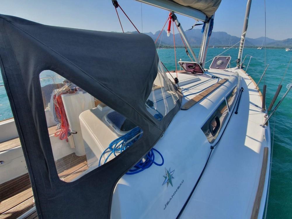 Boat rental Jeanneau Sun Odyssey 33i in Thailand on Samboat