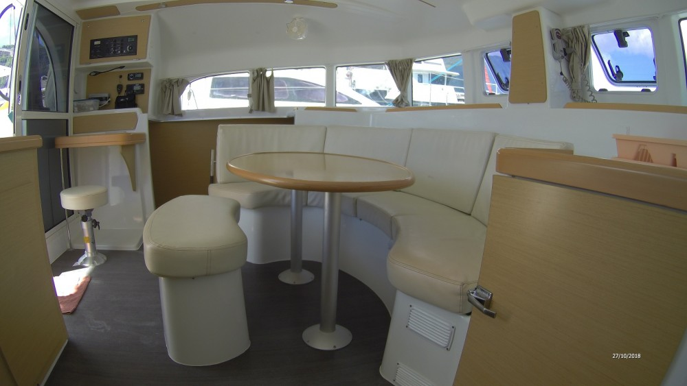 Rental Catamaran in  - Lagoon Lagoon 380 S2
