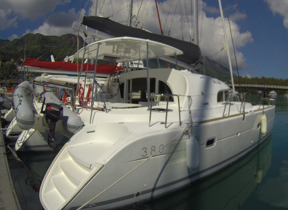 Hire Catamaran with or without skipper Lagoon Seychelles
