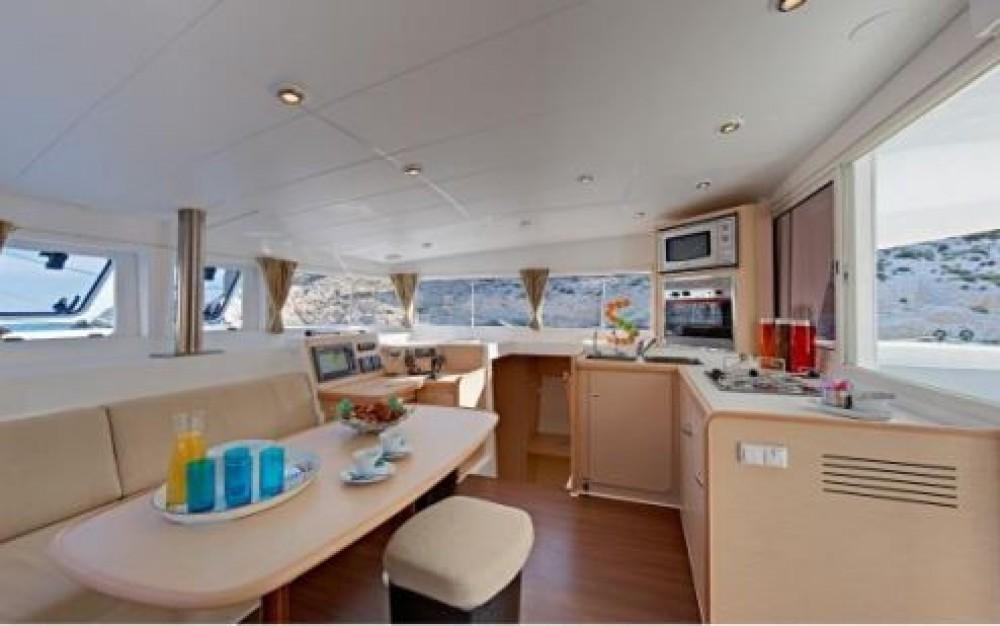 Rental yacht Seychelles - Lagoon Lagoon 400 on SamBoat