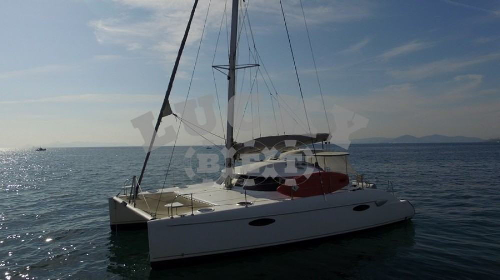 Rent a Fountaine Pajot Lavezzi 40 Athens