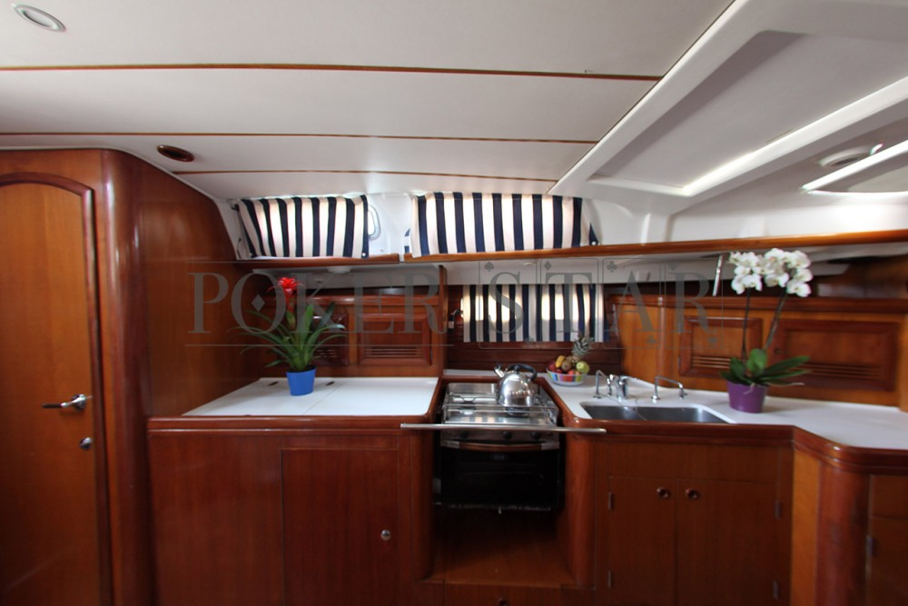 Boat rental Bénéteau Oceanis 473 in Athens on Samboat