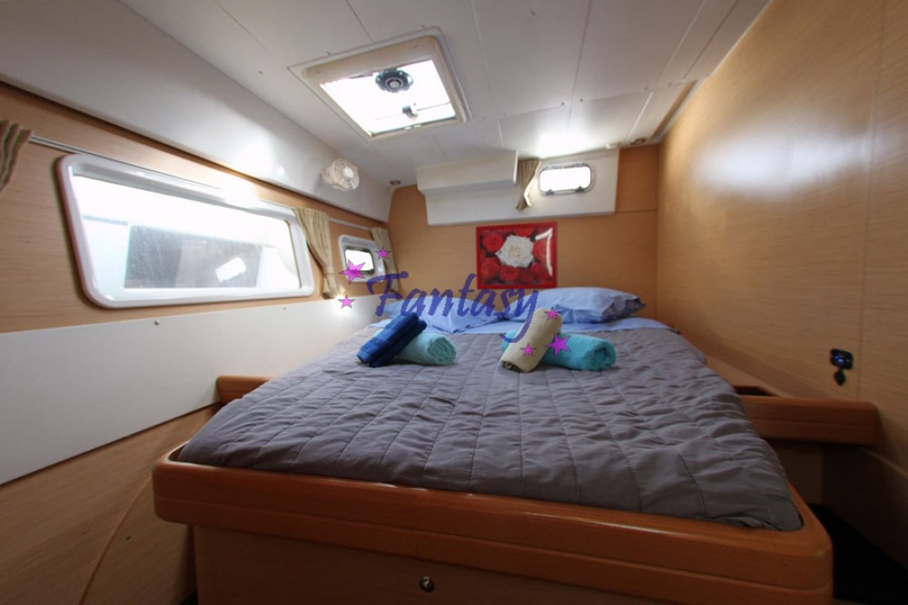 Rental Catamaran in Athens - Lagoon Lagoon 420