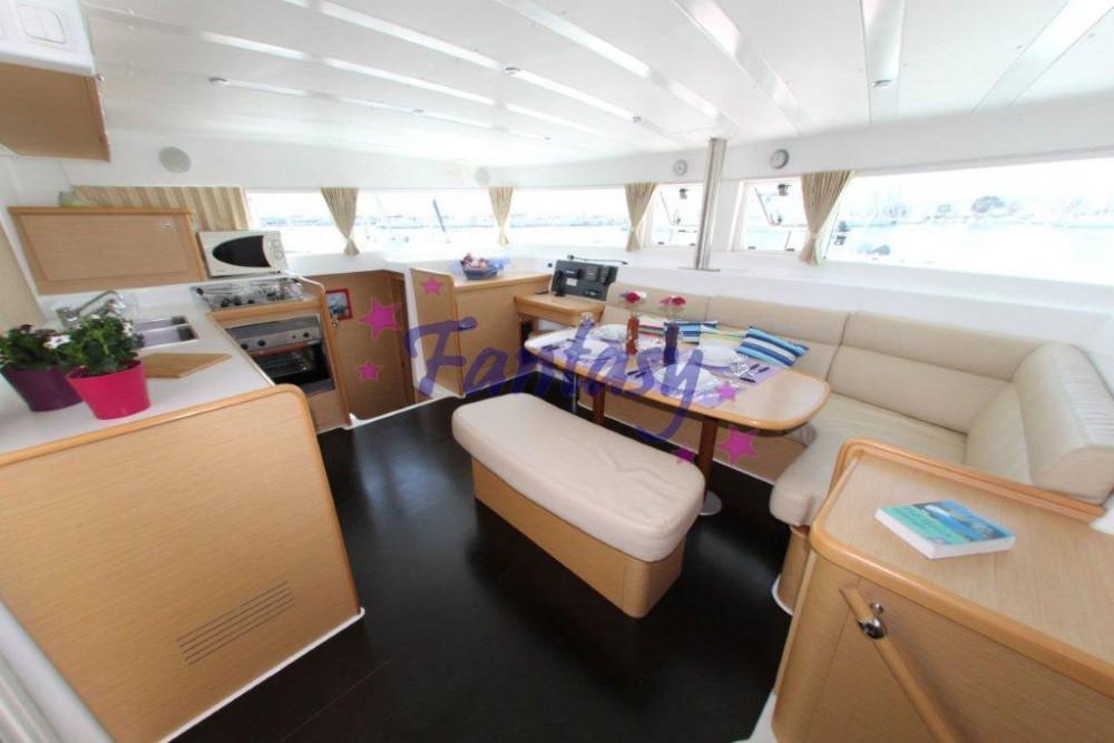 Rental yacht Athens - Lagoon Lagoon 420 on SamBoat