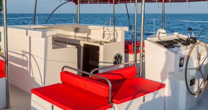 Rental yacht Tahiti - Ocean Voyager Maxicat 53 on SamBoat