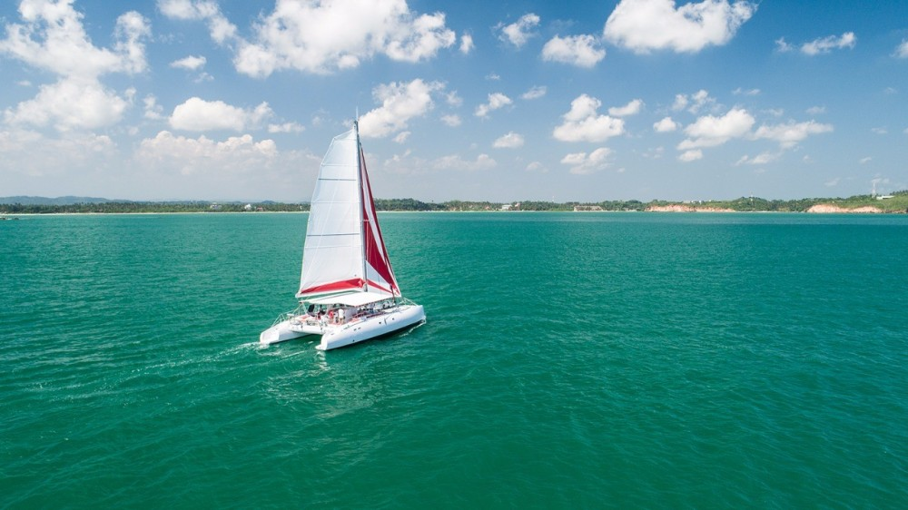 Hire Catamaran with or without skipper Ocean Voyager