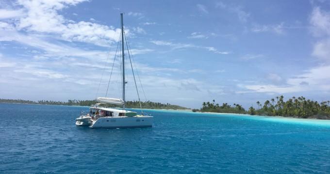 Catamaran for rent Tahiti at the best price