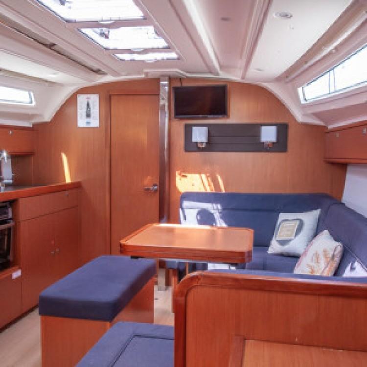 Rental yacht Peloponnese, West Greece and Ionian Sea - Bavaria Bavaria Cruiser 41 on SamBoat
