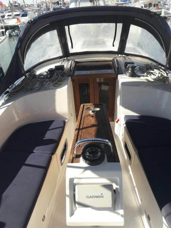 Boat rental Bavaria Bavaria Cruiser 37 in Peloponnese, West Greece and Ionian Sea on Samboat