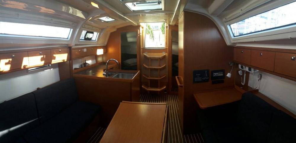 Boat rental Peloponnese, West Greece and Ionian Sea cheap Bavaria Cruiser 37