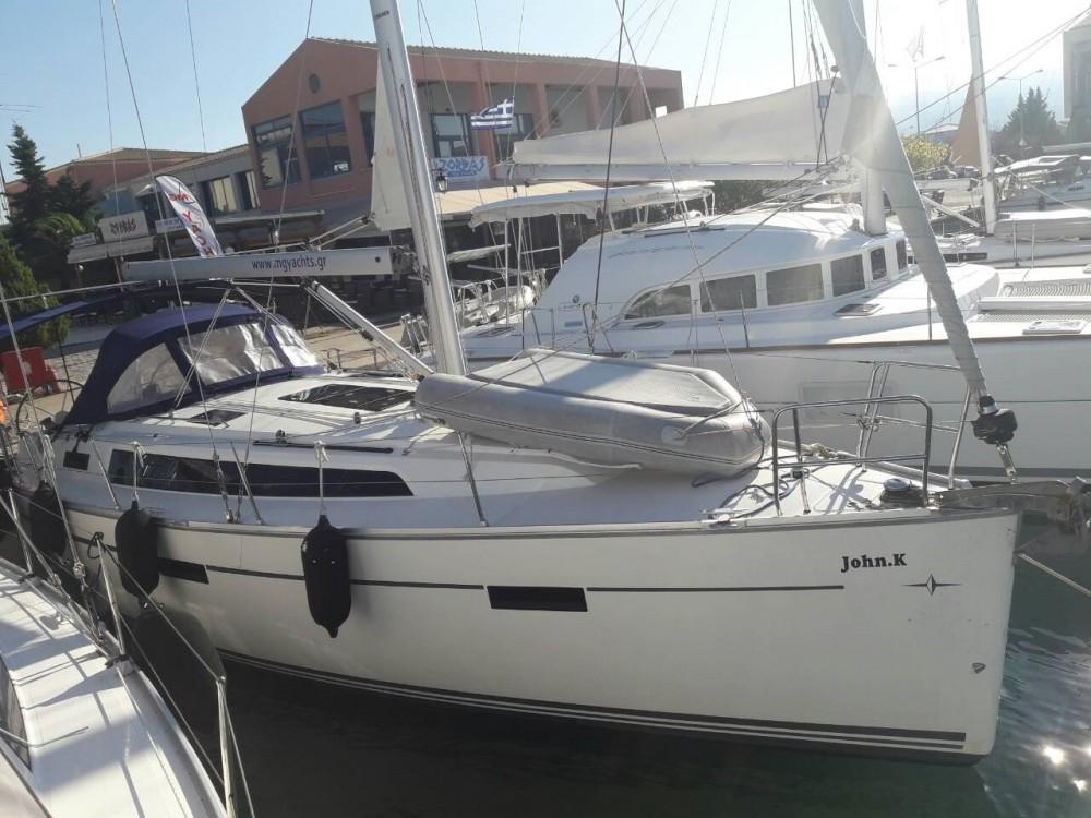 Rental Sailboat in Peloponnese, West Greece and Ionian Sea - Bavaria Bavaria Cruiser 37