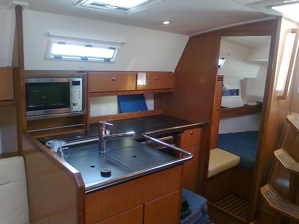 Rental Sailboat in Peloponnese, West Greece and Ionian Sea - Bavaria Bavaria Cruiser 36