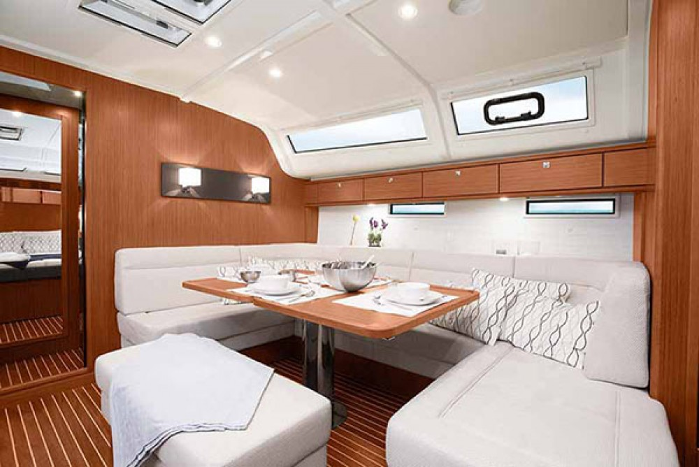 Rent a Bavaria Bavaria Cruiser 51 Kalafationes