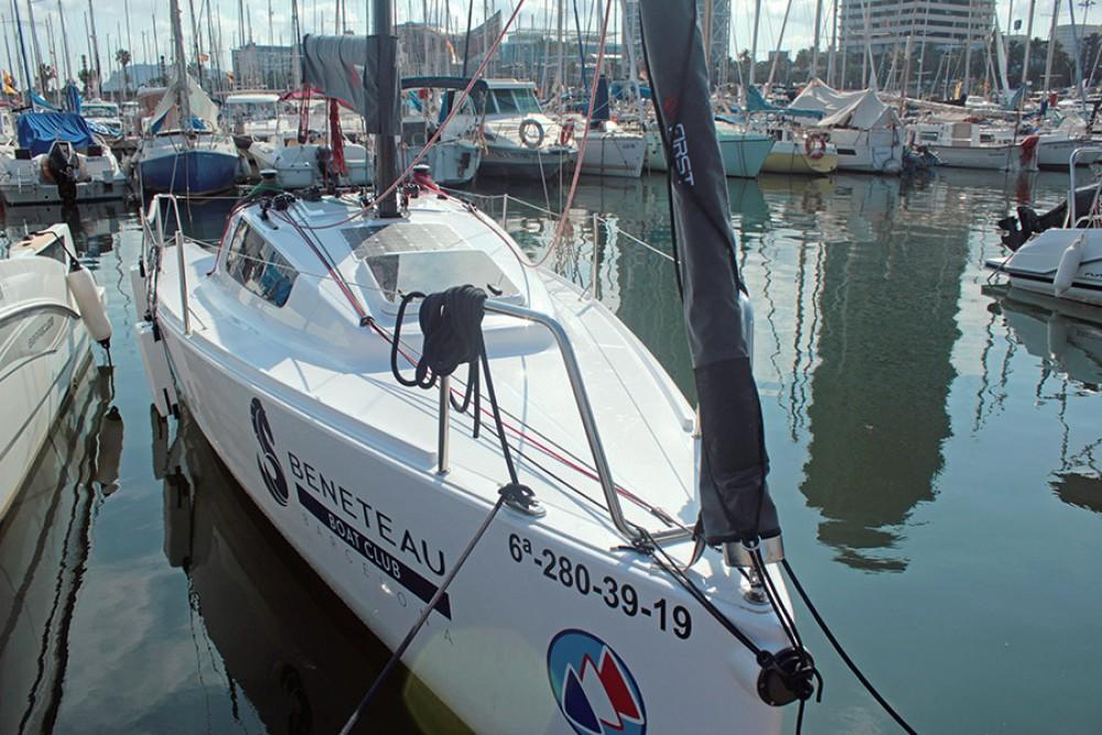 Bénéteau FIRST 24 between personal and professional Malgrat de Mar