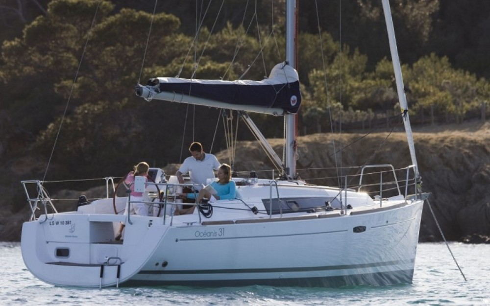 Hire Sailboat with or without skipper Bénéteau Torroella de Montgrí