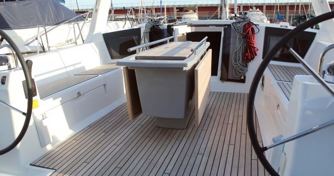 Rental Sailboat in  - Bénéteau Oceanis 45