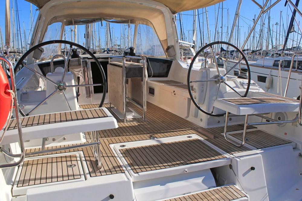 Sailboat for rent Malgrat de Mar at the best price