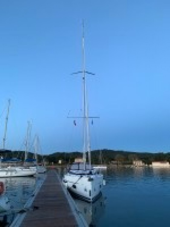 Sailboat for rent Italy at the best price