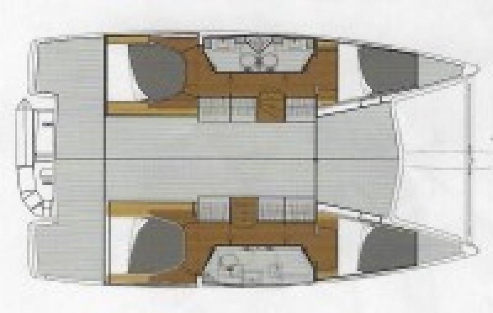 Boat rental Italy cheap Lucia 40