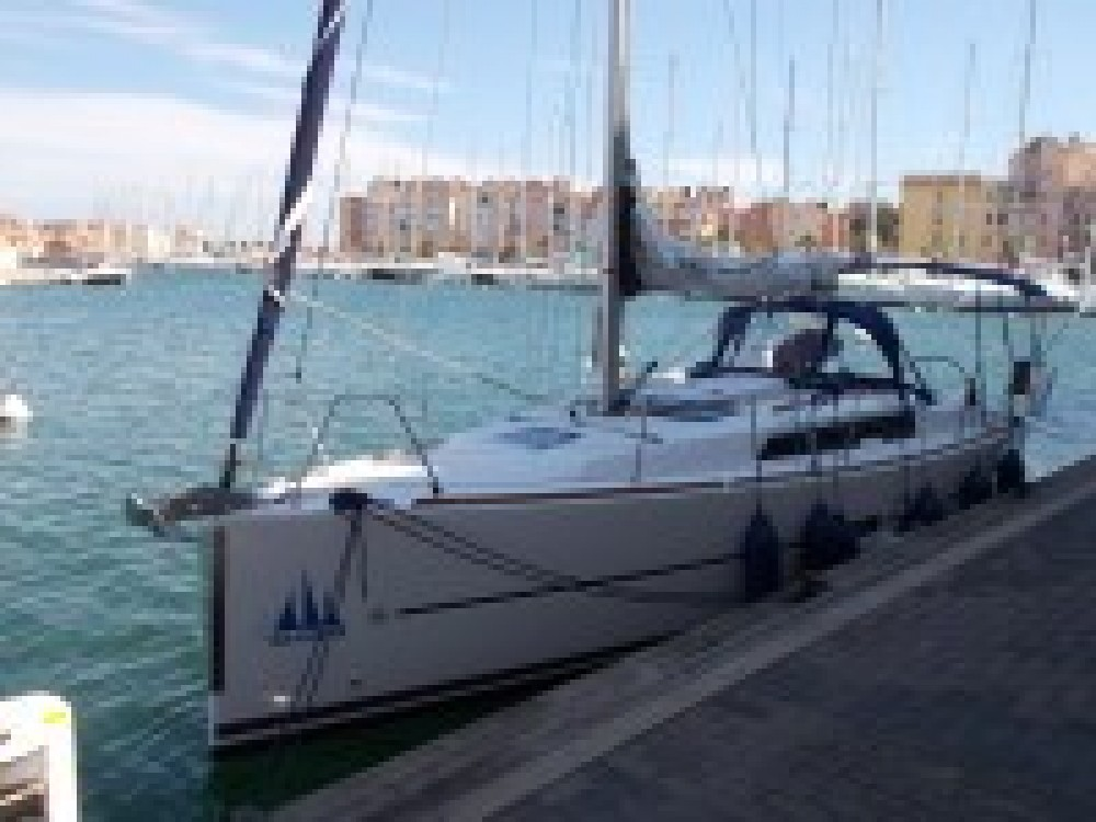 Rental yacht Italy - Dufour Dufour 310 on SamBoat