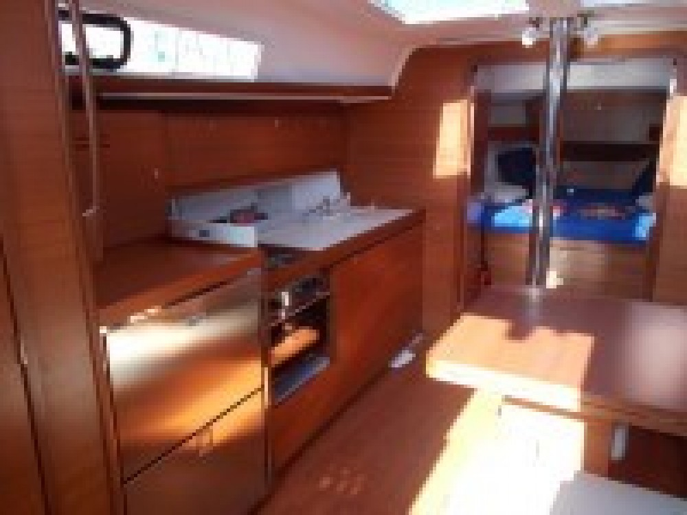 Rental yacht Italia - Dufour Dufour 382 Grand Large on SamBoat